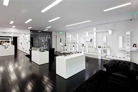 design interior exhibition optics shopfitting systems