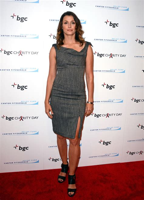 bridget moynahan news pictures and videos e online bridget moynahan marries andrew frankel today s news
