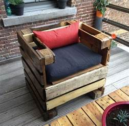 How To Make Patio Furniture Out Of Wood Pallets Recycled Pallets Wood Armchair Ideas Pallet Ideas