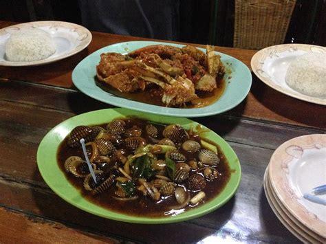 parit  seafood house bandung arif setiawan