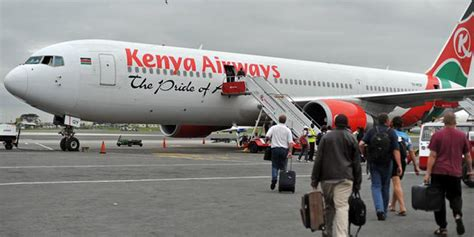 kenyan government orders officials  fly troubled kenya