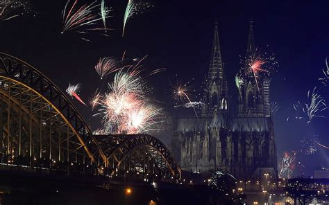 do germans wish each other shanah tovah on new year s