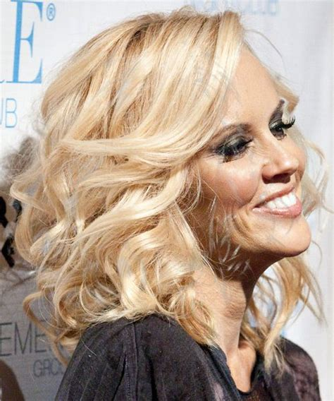 what color is jenny mccarthy hair jenny mccarthy hair fashion hair make up pinterest