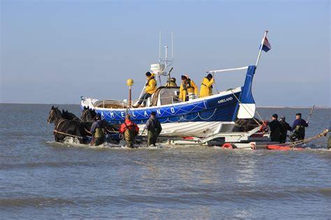 retourtje boot ameland voorwaarden donna antonia