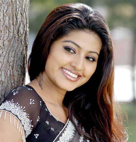 download aktor india saurabh raj rain main film di smiley sneha cinema actress