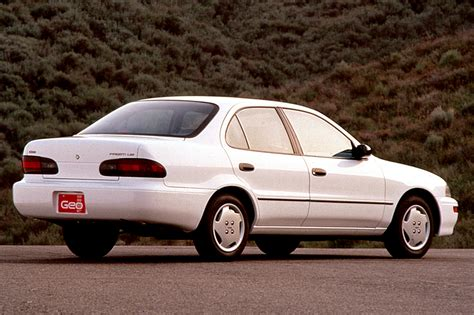 how petrol cars work 1997 geo prizm regenerative braking 1993 97 geo prizm consumer guide auto