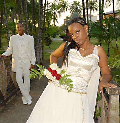 Mariage en martinique avec les bijoux volutes   Bijoux Volutes Mariage