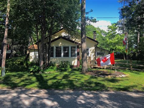 port franks cottage rentals 36 ave grand bend ontario cottages for rent