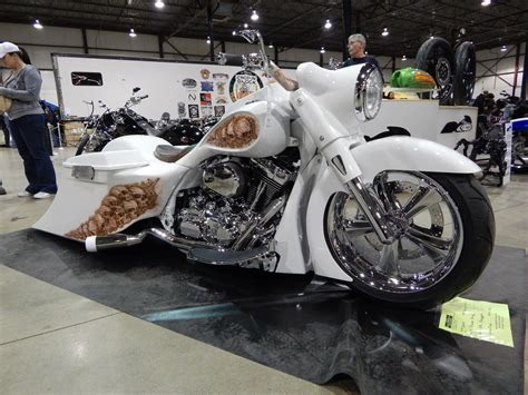 Harley Davidson White Brown 2007 harley davidson 174 custom white with brown graphics