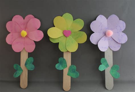 Paper Flower Craft For Preschoolers - flower craft the idea for this post started with a