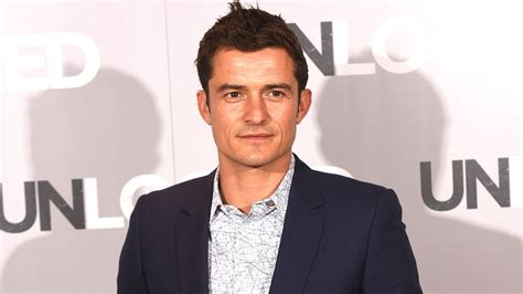 orlando bloom now orlando bloom jokes son flynn has a lot to live up to