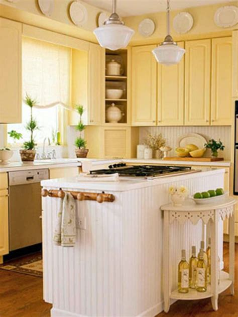 pictures of small country kitchens 1000 ideas about small country kitchens on