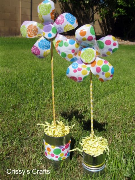 recycled water bottle crafts for make recycled water bottle flowers 187 dollar store crafts