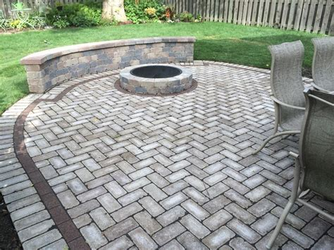 Permeable Patio Pavers by Permeable Paver Installation Gem Ponds