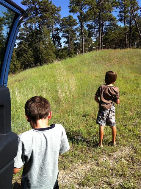 little boy show pee pee pee standing boy tallgibb blogspot boy style boys will be boys livenowandzen