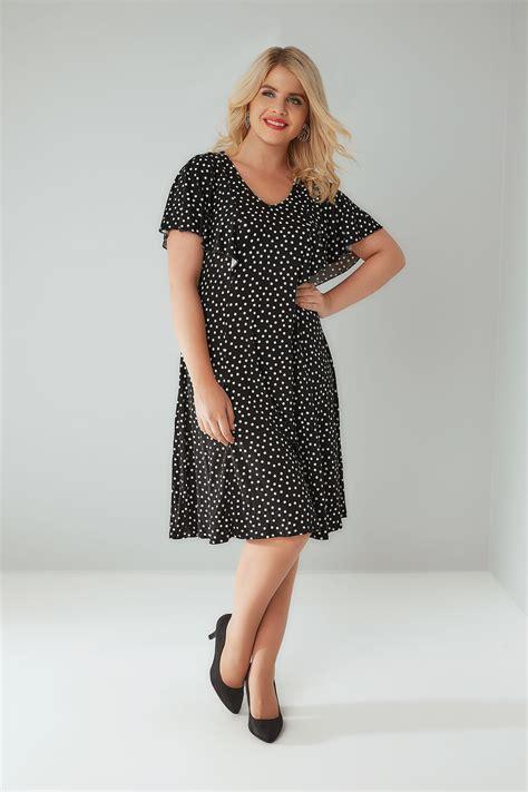 Black White Dot Dress W8179uzi D black white polka dot frill dress plus size 16 to 32