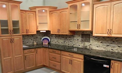 Modern kitchen burl maple, glass backsplash maple cabinets