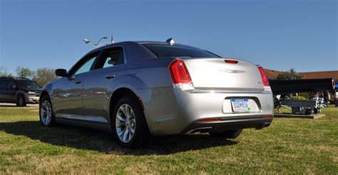 chrysler  limited review