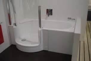 badewannen dusche badideen kleines bad