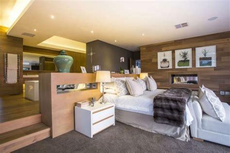 bad im schlafzimmer moderne schlafzimmer ideen stilvoll mit designer flair