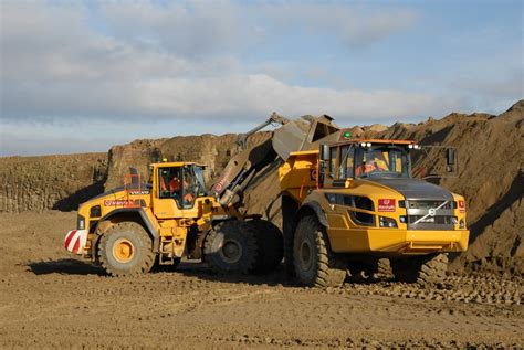 marshalls volvo marshalls relies on volvoce to pave the way for monumental