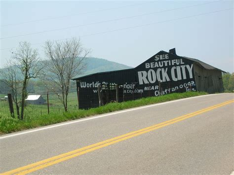 Manitoba 411 Lookup File Rock City Barn On U S Highway 411 South In Sevier County Tennessee Jpg