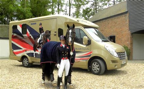 horsebox design graphics charlotte dujardin gets new patriotic horsebox