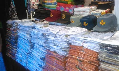 Pasaran Seragam Sekolah harga pasaran 125 ribu sekolah di siantar jual seragam