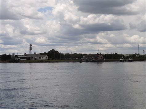 cape cod canal visitor center file cape cod canal visitor s center jpg wikimedia commons