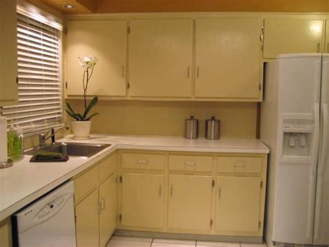 Hgtv Painting Kitchen Cabinets How To Paint Kitchen Cabinets Hgtv