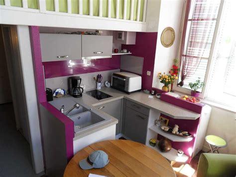 cuisine 駲uip馥 petit espace cuisine equipee dans un petit espace maison moderne