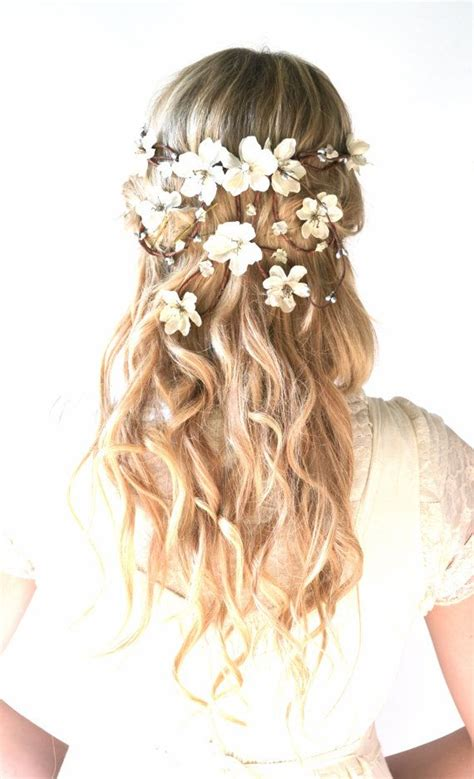 Wedding Hair With Flowers by Beautiful Flower Crowns For A Prettier Look Pretty Designs
