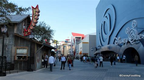 house of smoke news and review the smokehouse at house of blues opens in orlando s downtown