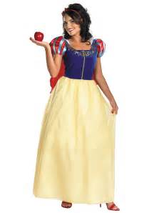 white dress halloween costume plus size deluxe snow white costume plus size disney