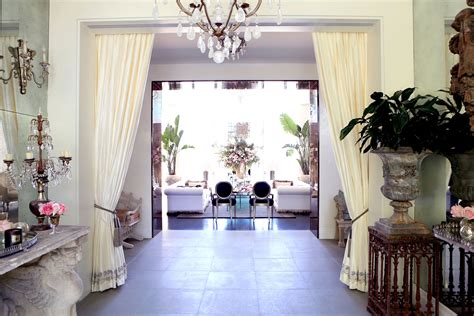 Yolanda Foster Home Decor Tour Lisa Vanderpump S Villa Rosa The Real Housewives Of