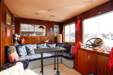 houseboats nyc cozy little houseboat vacation in queens new york