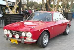 Alfa Romeo Gtv 2000 Alfa Romeo Giulia 2000 Gtv Specs Photos And