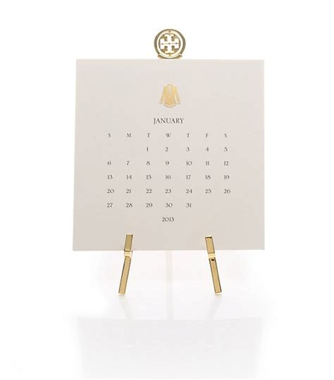 desk calendar with stand on the hunt