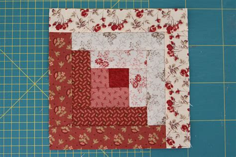 two tone log cabin quilt block favequilts