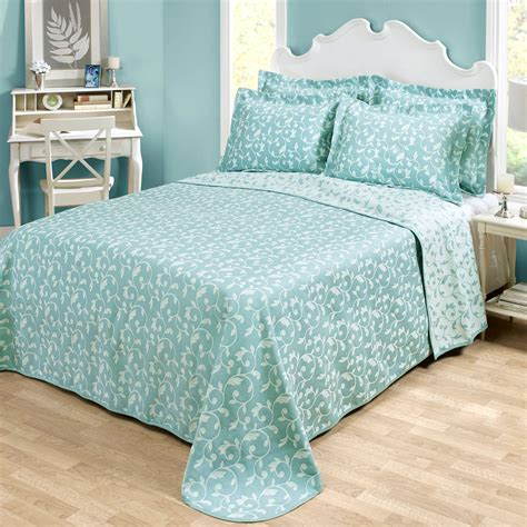 aqua matelasse coverlet amanda aqua woven matelasse bedspread bedding