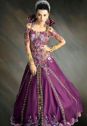 desain gaun ivan gunawan 10 gaun kebaya pesta modern karya ivan gunawan gebeet com