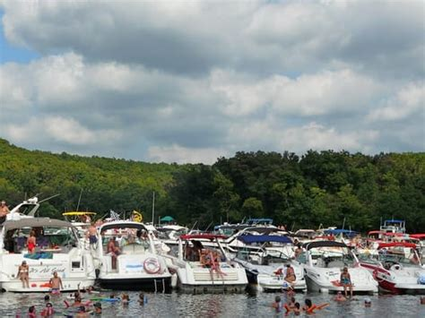 boat rental cost lake of the ozarks wooden yachts