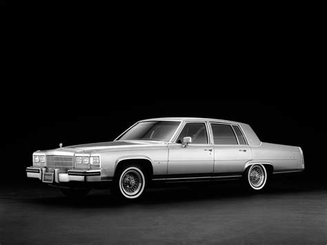 86 Cadillac Fleetwood Brougham by 1982 86 Cadillac Fleetwood Brougham Luxury G Wallpaper