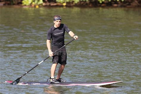 Garner Paddles A Surfboard by 26 Best That Sup Images On Paddle