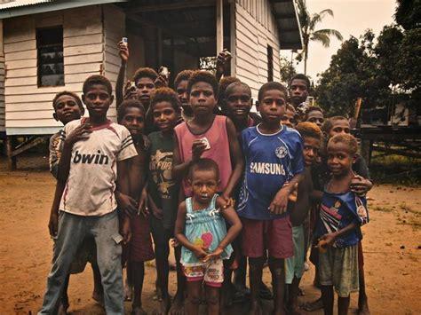 Kaos Papua Anak Wamena Asli anak anak asli papua adalah pemimpin masa depan bangsa papua oleh adrian kasella tandipau