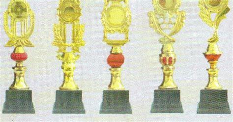 Piala Set Juara 123 Trophy Pramuka Paskibra Plakat Figur Gold Murah 31 daftar harga piala daftar harga trophy daftar harga medali jual piala plakat medali