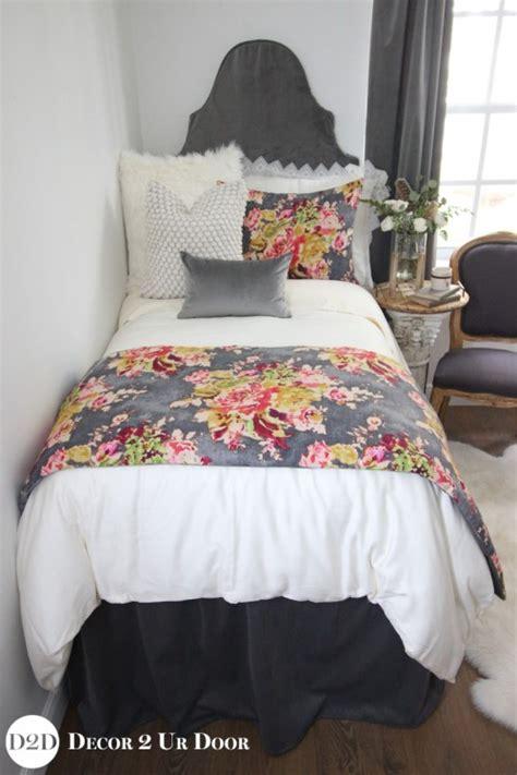 Velvet Multicolor Floral Designer Dorm Bedding Set Dormitory Bedding Sets
