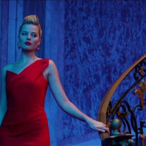 get the look margot robbie's red dress from focus movie