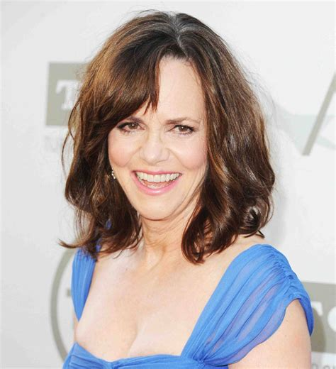 sally field actress getting married at age 68 sally field that gidget is mine