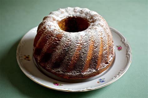 marmorieren kuchen eine melange und die bewegten bilder des monsieur george
